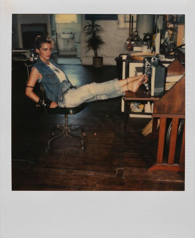 Chính nhiếp ảnh gia Richard Corman cũng đã công khai chia sẻ những hình ảnh này trên mạng sau nhiều năm. Ông cho biết, bộ ảnh được chụp vào tháng 6 năm 1983.
