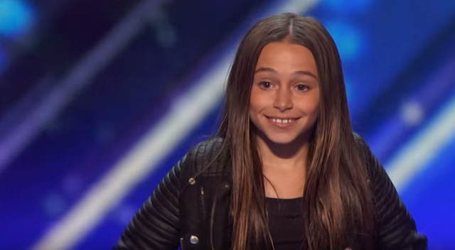 Cô bé 11 tuổi Skyler Katz ở vòng loại Americas Got Talent 2016.
