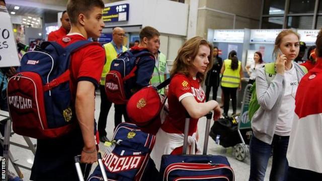 Một số VĐV Nga đã lên đường tới Rio.