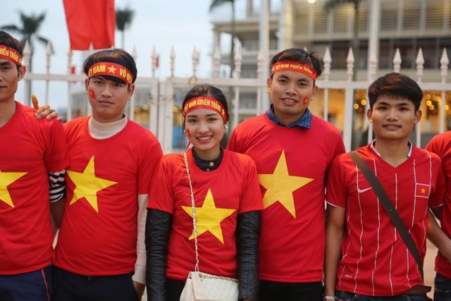 Trận đấu giữa ĐT Việt Nam và ĐT Đài Bắc Trung Hoa thu hút sự quan tâm lớn từ phía người hâm mộ bởi đây được coi là màn ra mắt chính thức của HLV Hữu Thắng.