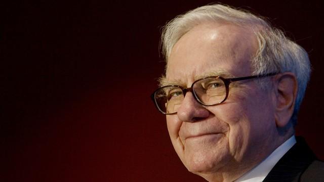 Tỷ phú Warren Buffett kiếm tiền từ năm 6 tuổi (Ảnh: Forbes)