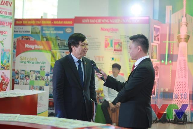 Nhà báo Hồ Quang Lợi - Phó Chủ tịch thường trực của Hội nhà báo Việt Nam chia sẻ trong chương trình