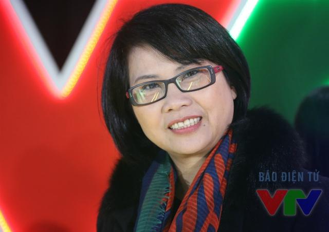 Sau thời gian công tác ở VTV3, NSƯT Huyền Thanh chyển sang làm việc tại Ban Văn nghệ Đài THVN. NSƯT Huyền Thanh đảm nhận vị trí Phó Trưởng ban văn nghệ cho tới khi về hưu.