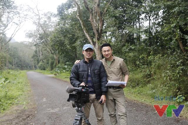 MC Việt Phong và quay phim Minh Đức của Chuyện con giáp Bính Thân 2016