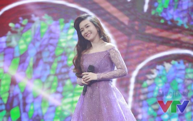 Đinh Hương trong chương trình Gặp gỡ VTV.