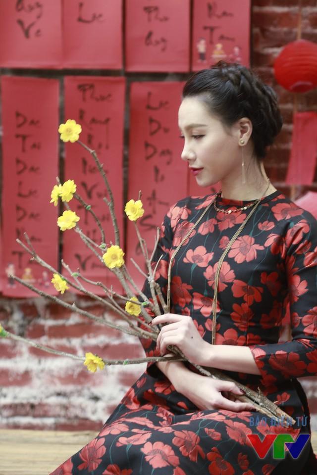 Với Minh Hà, mỗi dịp Tết đến lại khiến cô có cảm giác như được bé lại, được trở về với tuổi thơ.