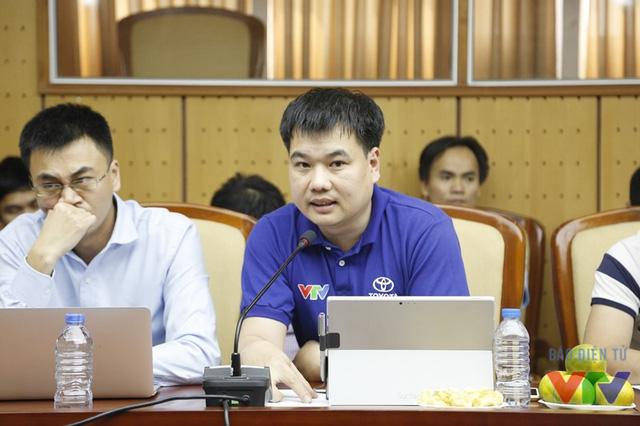 Ông Nguyễn Việt Phú - Phó Trưởng Phòng Khoa học Công nghệ, Ban Khoa Giáo, Đài Truyền hình Việt Nam - giải thích về điểm mới tại VCK Robocon năm nay