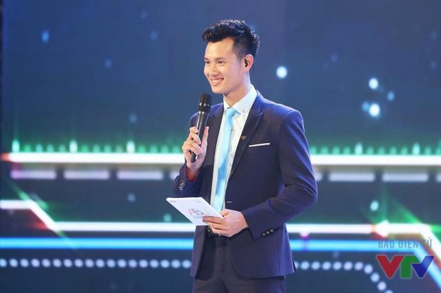 MC Mạnh Tùng đảm nhận vai trò người dân chương trình