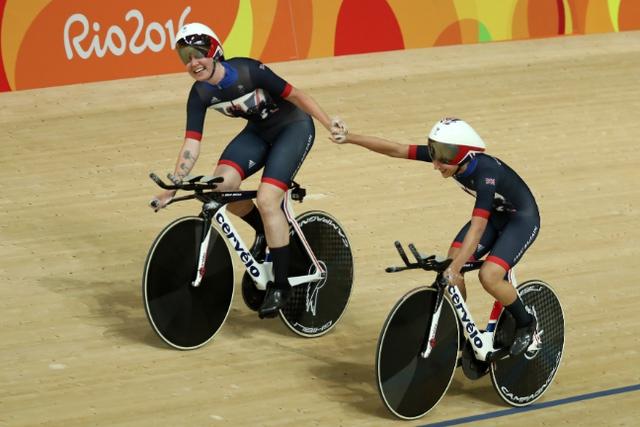 Các cô gái ở ĐT xe đạp lòng chảo nữ vương quốc Anh cũng thi đấu rất xuất sắc