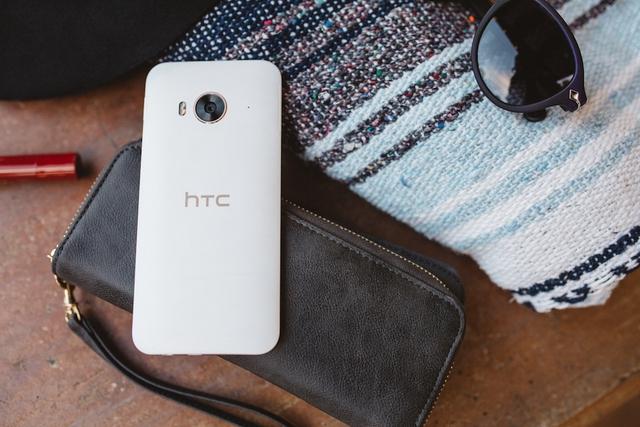 HTC One ME sở hữu một cấu hình khá mạnh mẽ
