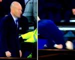 Zidane rách quần nhạy cảm vì quát mắng học trò