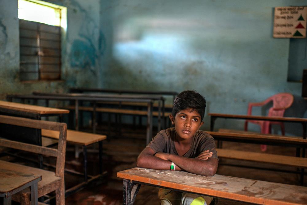 Nghỉ học thì… đi làm: Tình cảnh của trẻ em nhiều nước trong đại dịch - Ảnh 5.