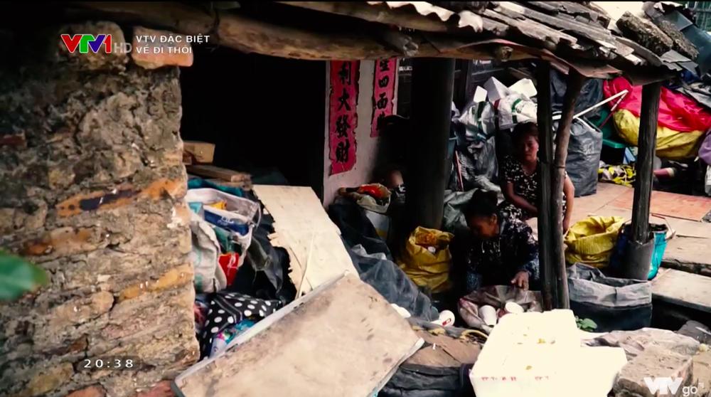 VTV Đặc biệt Về đi thôi: Cuộc sống cô độc chỉ muốn chết, chỉ muốn được về Việt Nam - ảnh 6