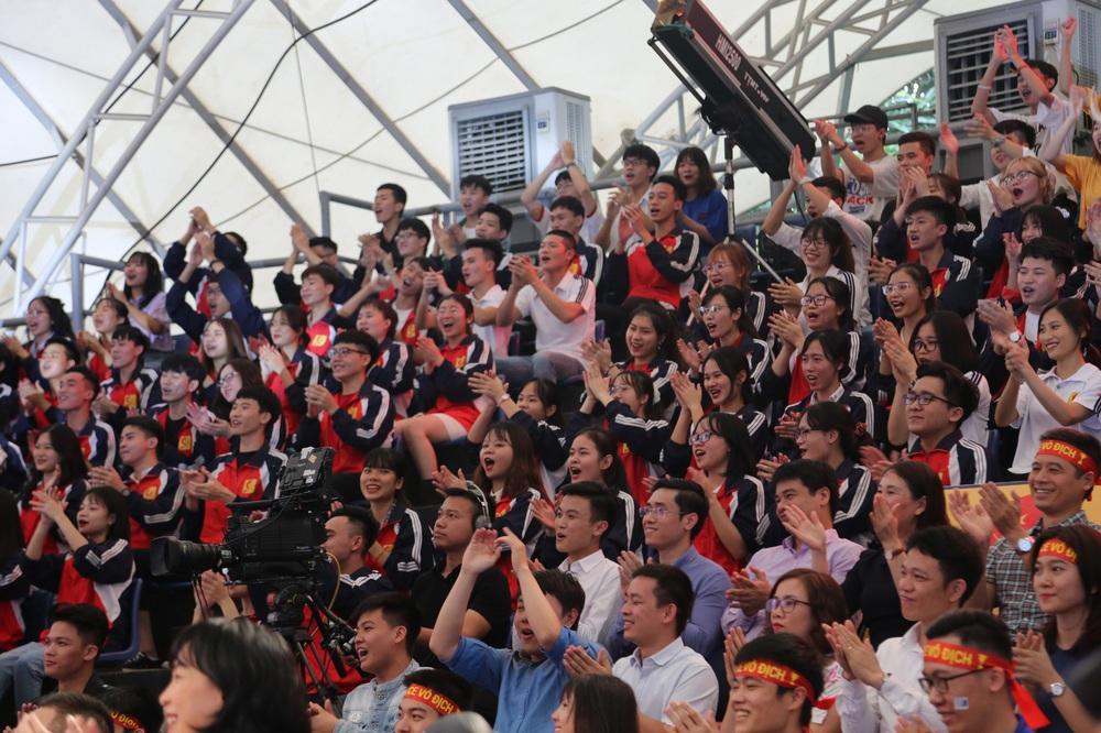 Bằng Kiều, Xuân Bắc cháy hết mình trong trận mở màn SV 2020 - Ảnh 19.
