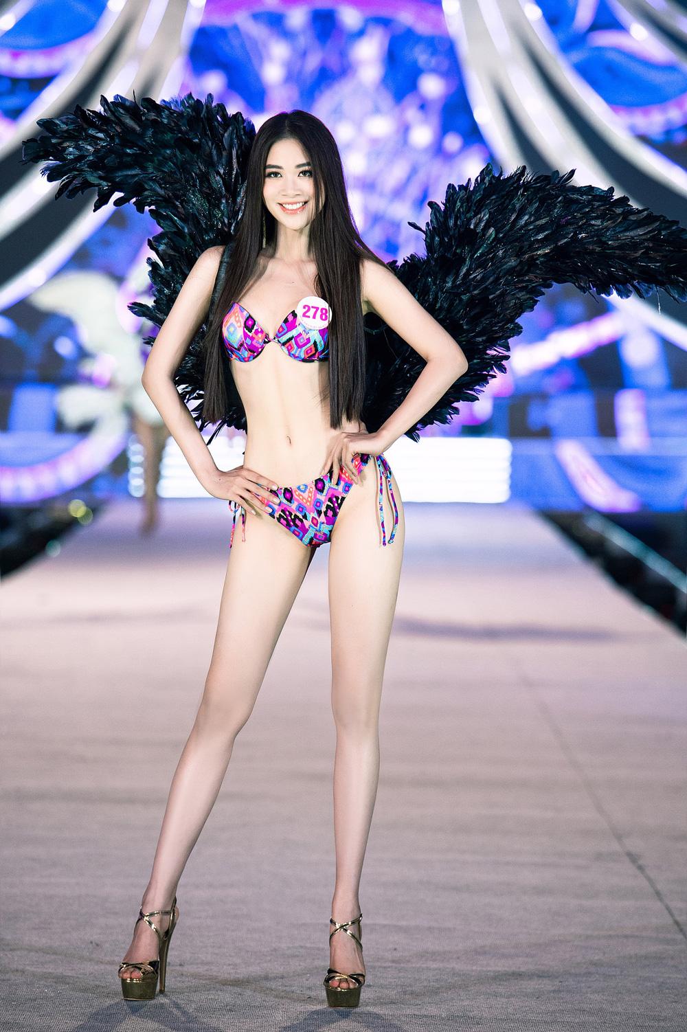 Thí sinh Hoa hậu Việt Nam 2020 trình diễn bikini bốc lửa - Ảnh 12.
