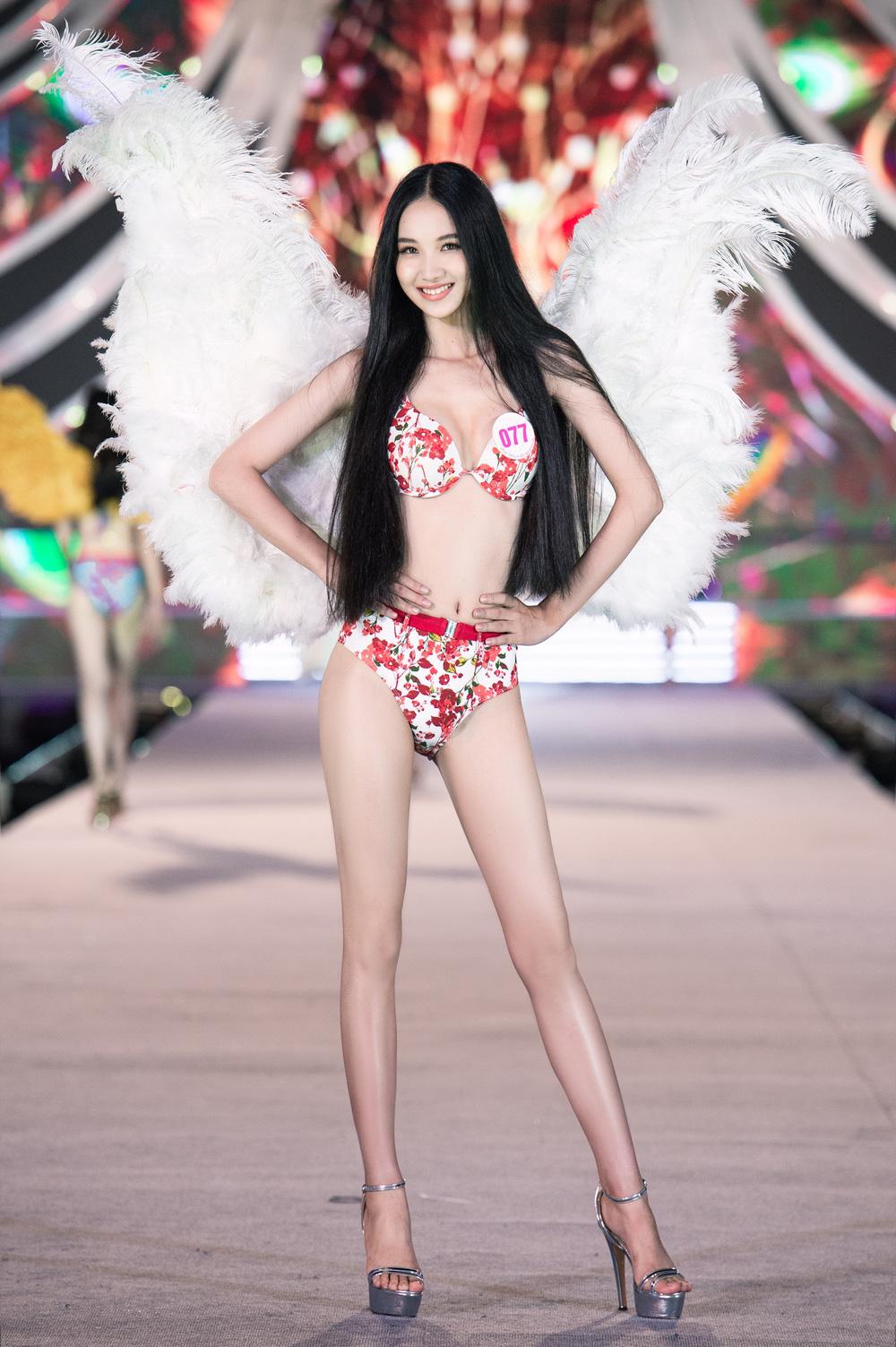 Thí sinh Hoa hậu Việt Nam 2020 trình diễn bikini bốc lửa - Ảnh 14.