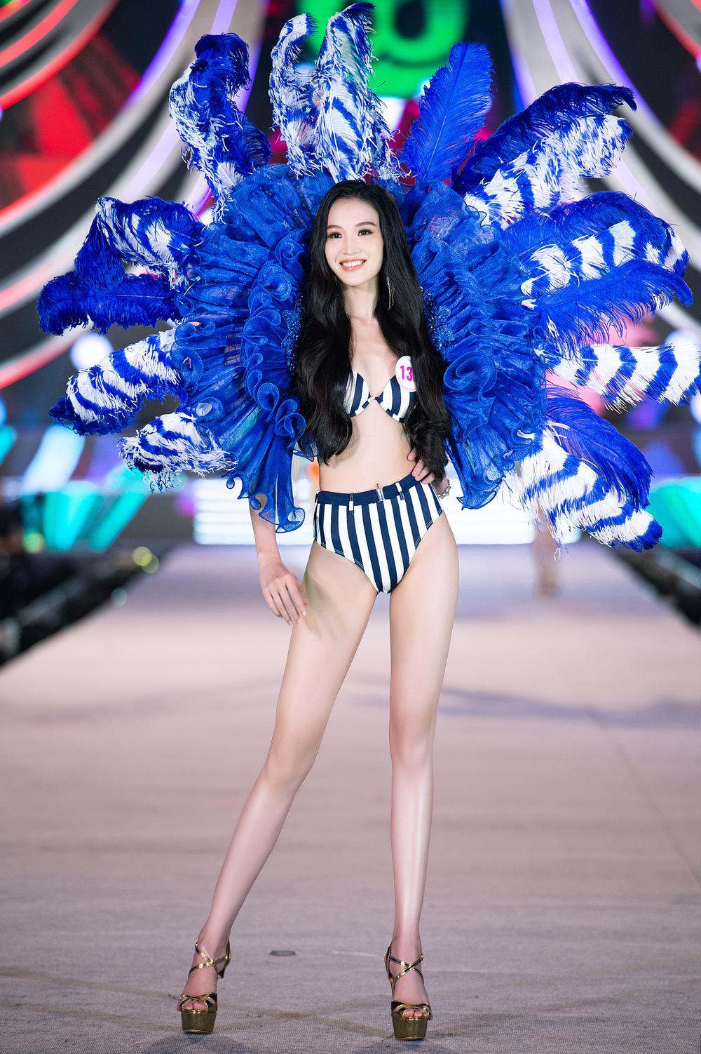 Thí sinh Hoa hậu Việt Nam 2020 trình diễn bikini bốc lửa - Ảnh 7.