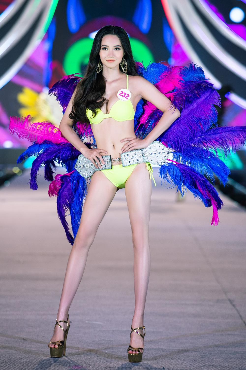 Thí sinh Hoa hậu Việt Nam 2020 trình diễn bikini bốc lửa - Ảnh 17.