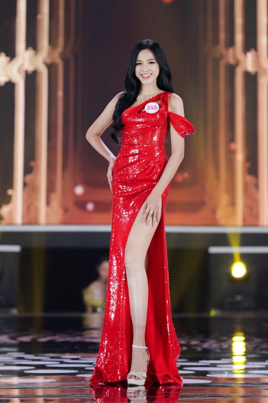 Hành trình từ nữ sinh Thanh Hóa đến tân Hoa hậu Việt Nam 2020 của Đỗ Thị Hà - Ảnh 17.