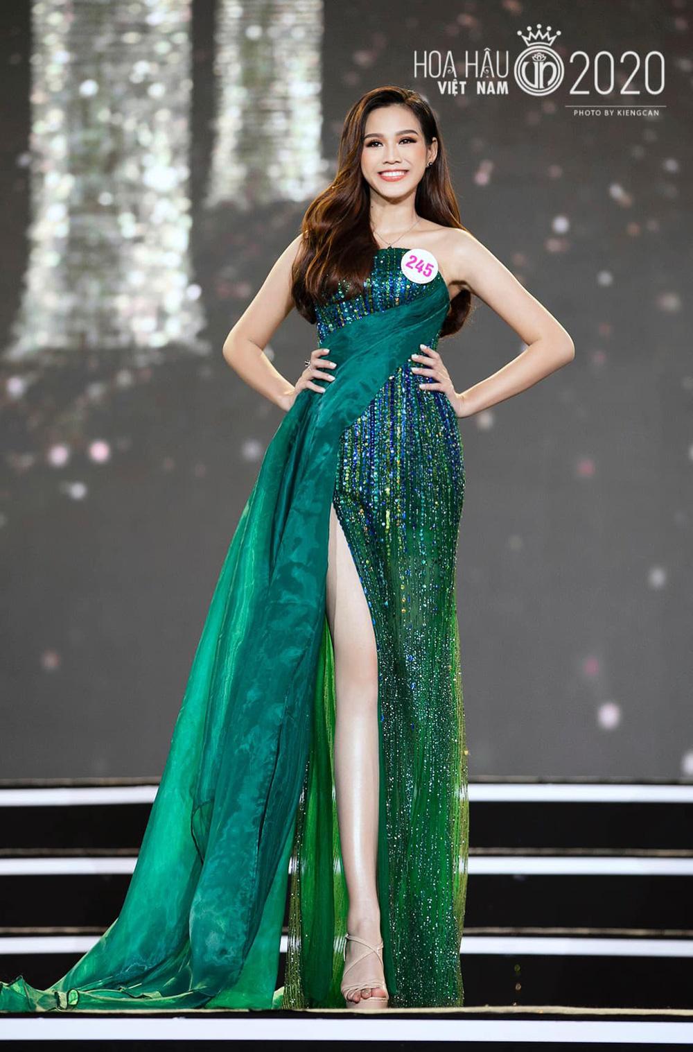 Hành trình từ nữ sinh Thanh Hóa đến tân Hoa hậu Việt Nam 2020 của Đỗ Thị Hà - Ảnh 9.