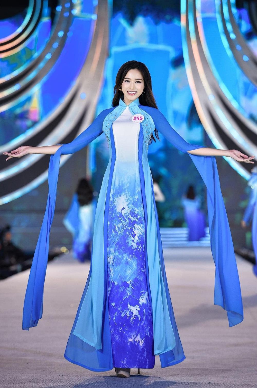 Hành trình từ nữ sinh Thanh Hóa đến tân Hoa hậu Việt Nam 2020 của Đỗ Thị Hà - Ảnh 7.