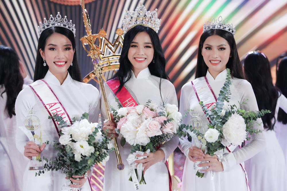 Hành trình từ nữ sinh Thanh Hóa đến tân Hoa hậu Việt Nam 2020 của Đỗ Thị Hà - Ảnh 23.
