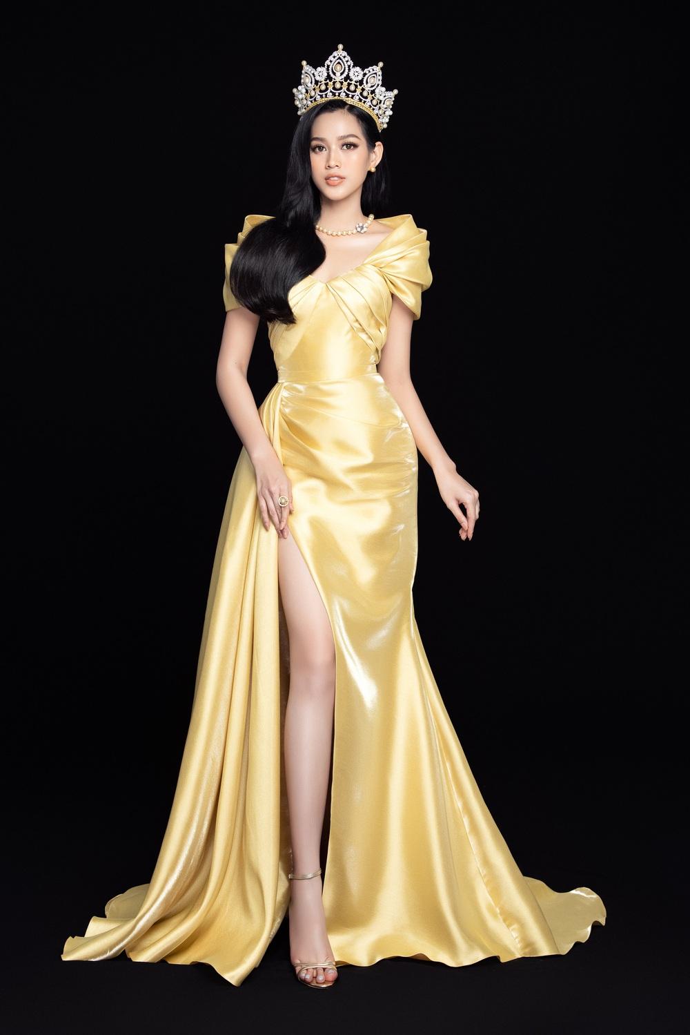 Hoa hậu Đỗ Thị Hà đọ sắc bên hai Á hậu sau 1 tháng đăng quang - Ảnh 5.