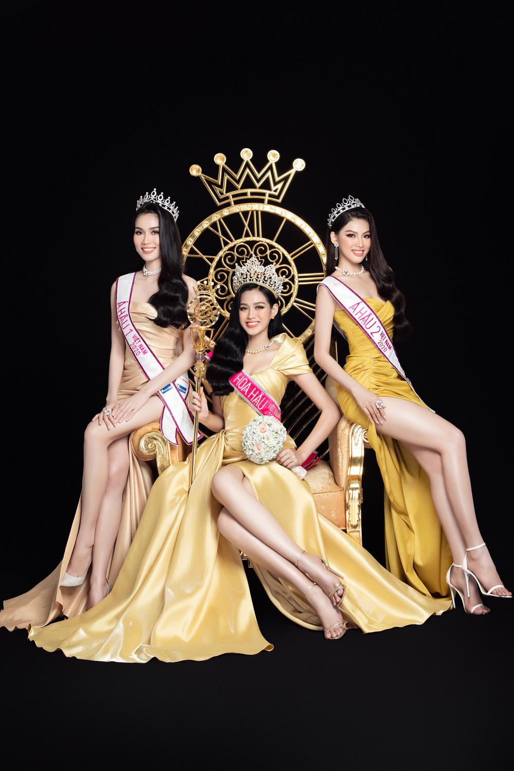 Hoa hậu Đỗ Thị Hà đọ sắc bên hai Á hậu sau 1 tháng đăng quang - Ảnh 1.
