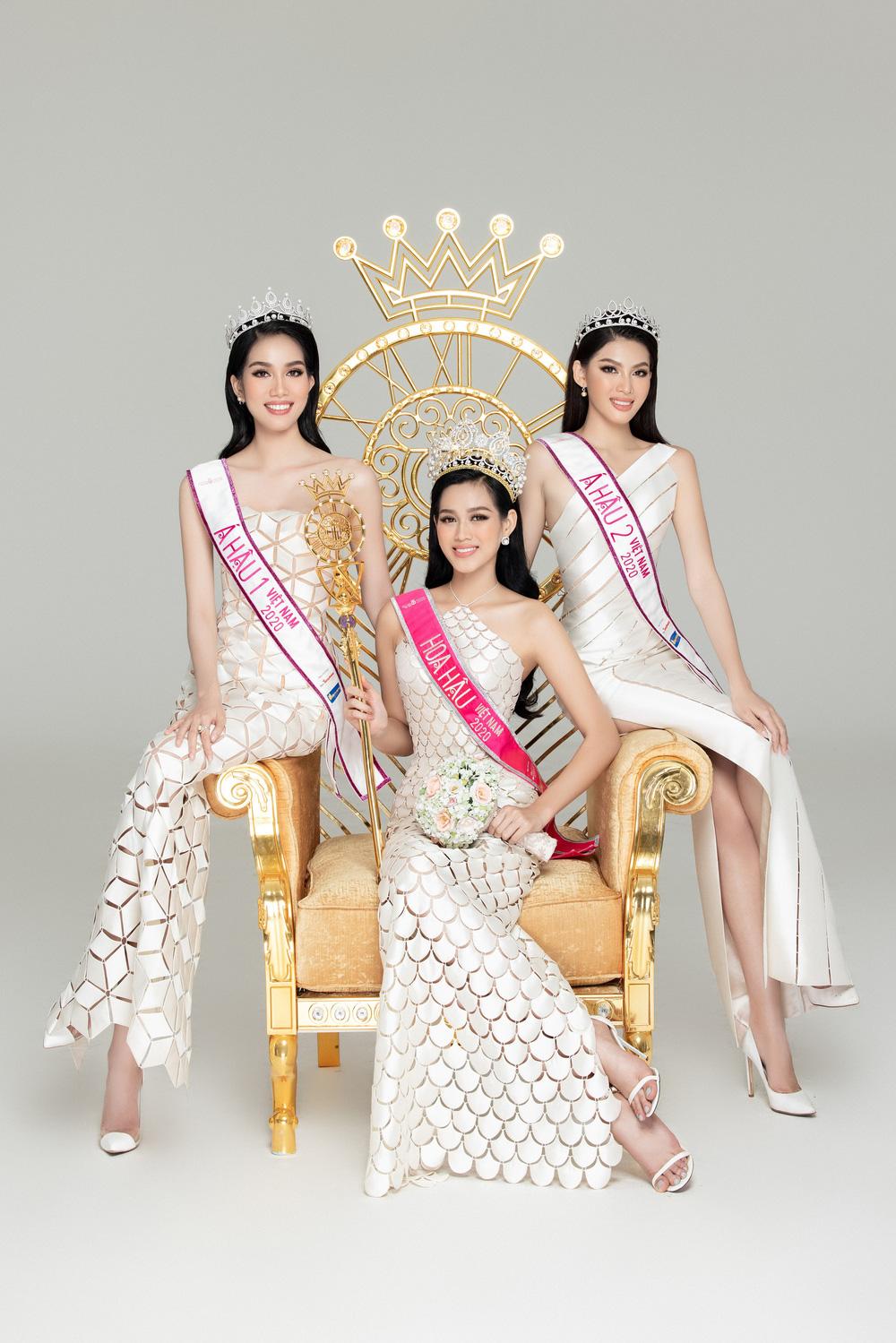 Hoa hậu Đỗ Thị Hà đọ sắc bên hai Á hậu sau 1 tháng đăng quang - Ảnh 3.