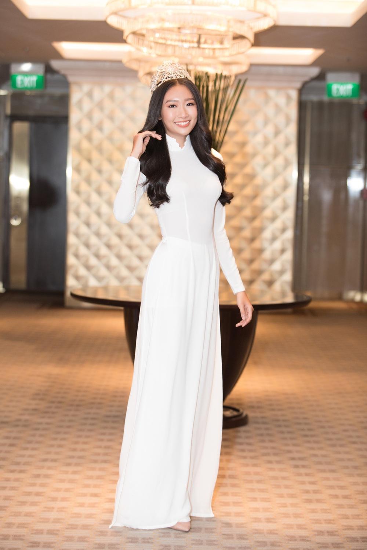 Vì sao dàn người đẹp đồng loạt diện áo dài trắng tại họp báo Hoa hậu Việt Nam 2020? - Ảnh 11.