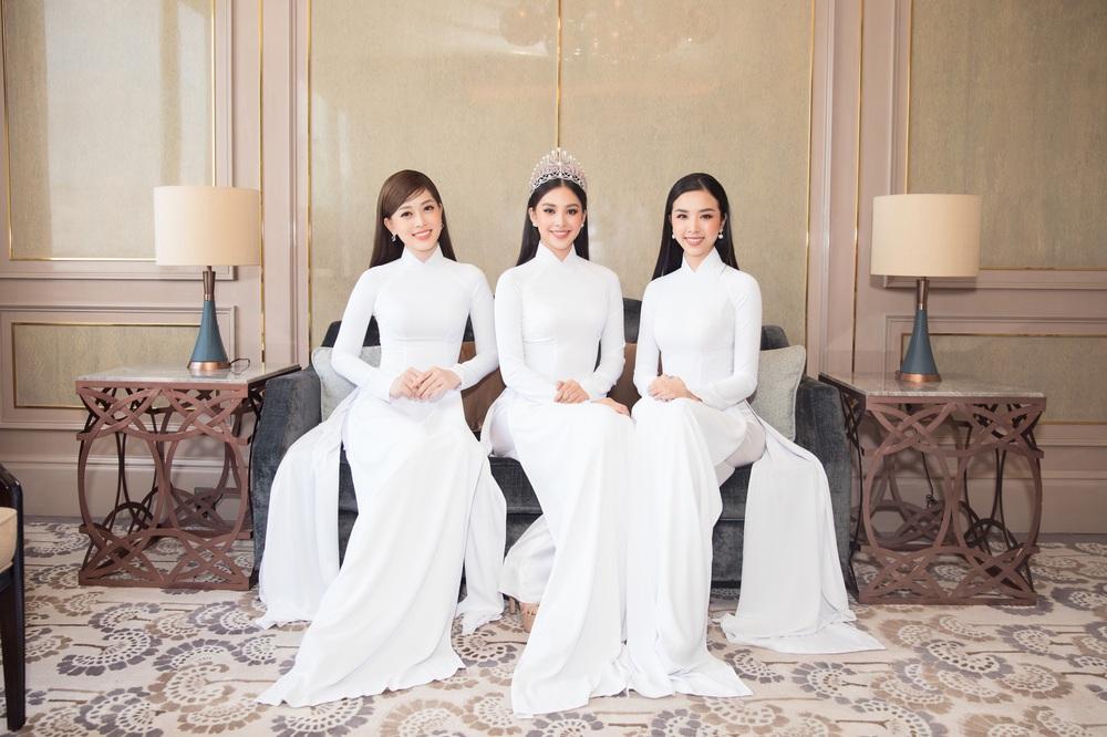 Vì sao dàn người đẹp đồng loạt diện áo dài trắng tại họp báo Hoa hậu Việt Nam 2020? - Ảnh 3.