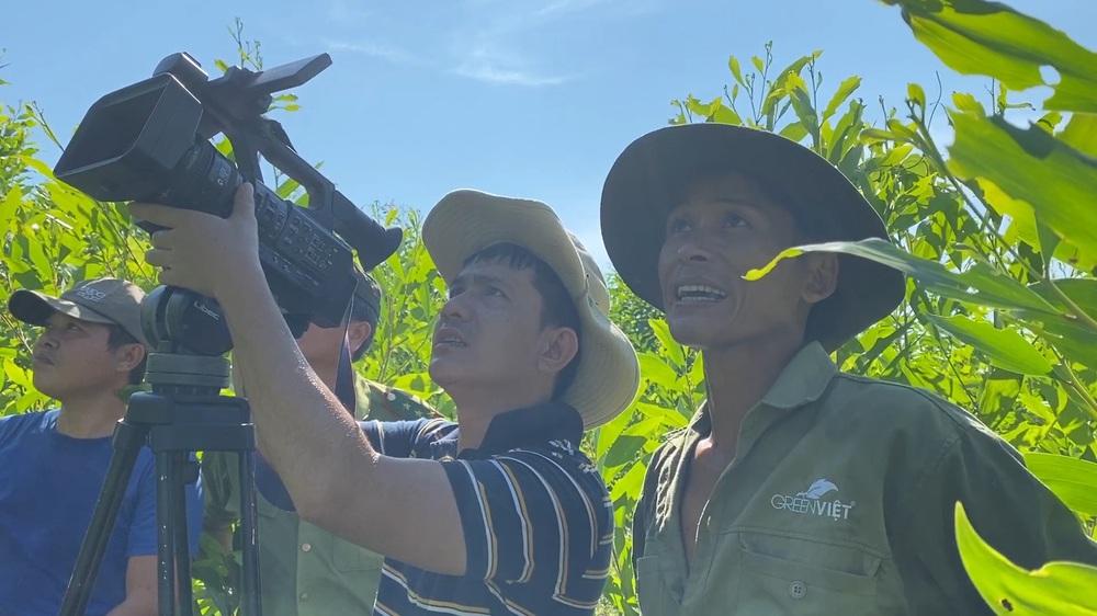 Vệt phóng sự về bảo tồn động vật hoang dã: Phỏng vấn hơn 50 người, không dùng camera giấu kín - Ảnh 2.