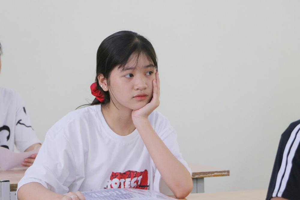 Hôm nay (16/7), gần 89.000 thí sinh làm thủ tục dự thi vào lớp 10 năm 2020 tại Hà Nội - Ảnh 4.
