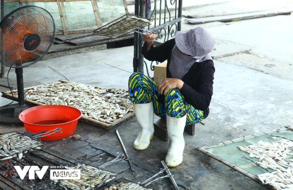 Cá nướng than hồng ngon khó quên của miền biển Cửa Lò - Ảnh 6.