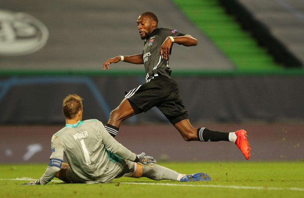 ẢNH: Gnabry rực sáng, Bayern Munich thắng thuyết phục Lyon ở bán kết Champions League - Ảnh 11.