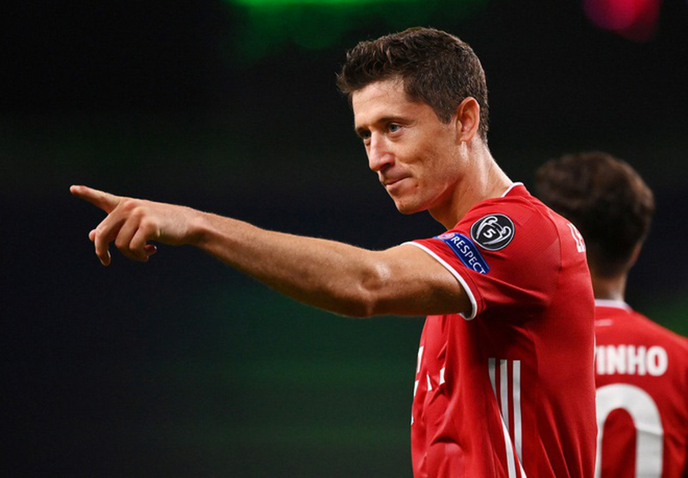 ẢNH: Gnabry rực sáng, Bayern Munich thắng thuyết phục Lyon ở bán kết Champions League - Ảnh 13.