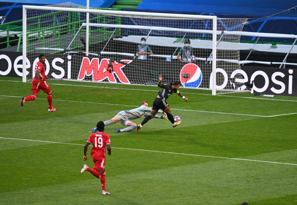 ẢNH: Gnabry rực sáng, Bayern Munich thắng thuyết phục Lyon ở bán kết Champions League - Ảnh 2.