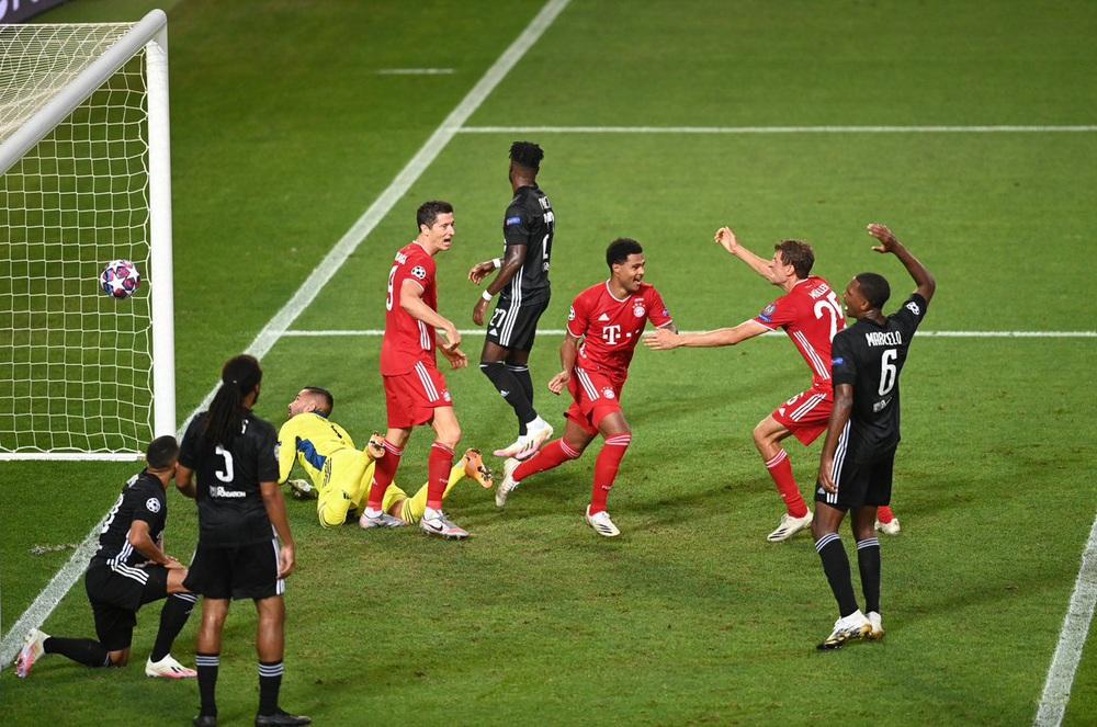 ẢNH: Gnabry rực sáng, Bayern Munich thắng thuyết phục Lyon ở bán kết Champions League - Ảnh 8.