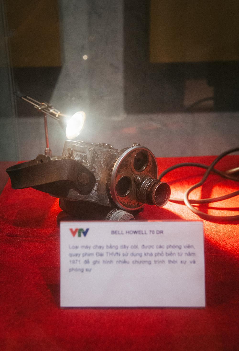 Những kỷ vật đồng hành cùng VTV từ những ngày đầu - Ảnh 2.