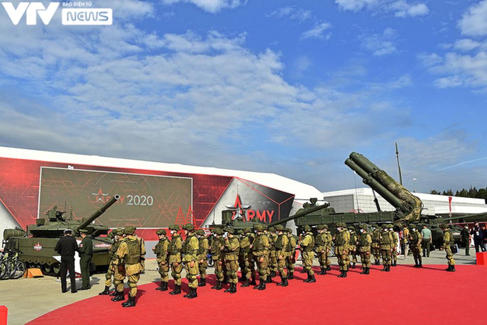 Ngắm dàn vũ khí tối tân bên lề Army Games 2020 ở Nga - Ảnh 27.