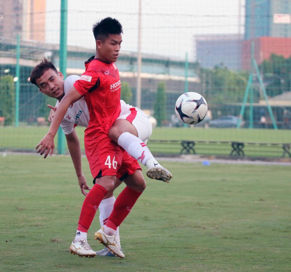 U22 Việt Nam hoà 2-2 CLB Viettel trong trận đấu tập cuối cùng - Ảnh 11.