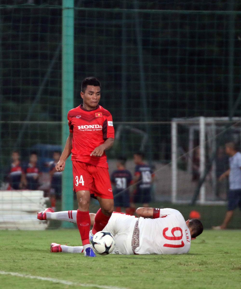 U22 Việt Nam hoà 2-2 CLB Viettel trong trận đấu tập cuối cùng - Ảnh 9.