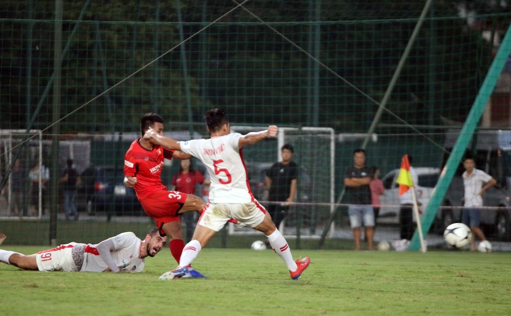 U22 Việt Nam hoà 2-2 CLB Viettel trong trận đấu tập cuối cùng - Ảnh 8.