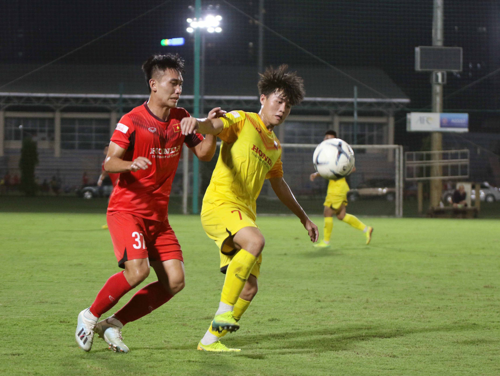 U22 Việt Nam hoà 2-2 CLB Viettel trong trận đấu tập cuối cùng - Ảnh 5.