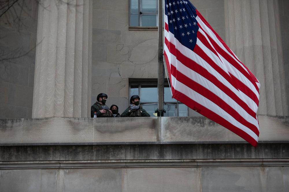 Nước Mỹ trước giờ phút chuyển giao quyền lực giữa hai đời Tổng thống - Ảnh 12.