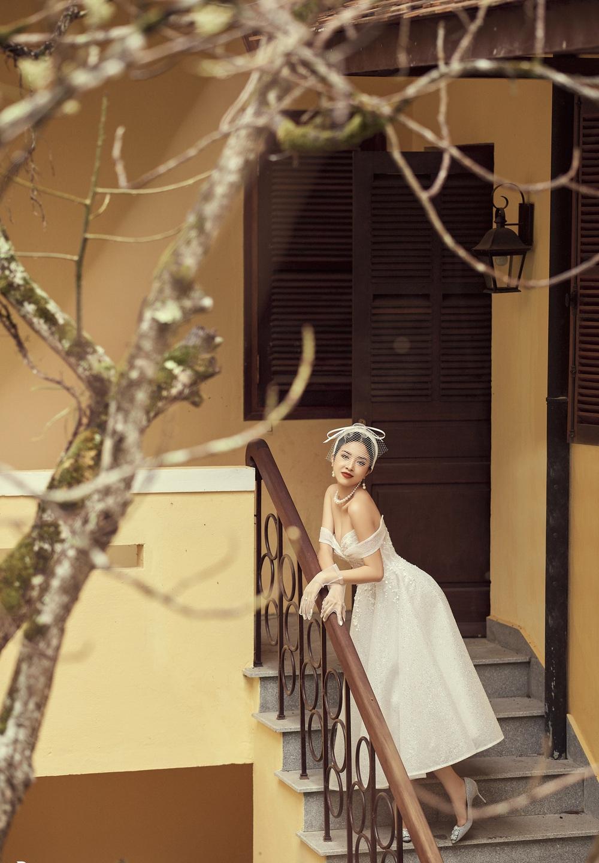 Ảnh cưới tại Đà Lạt ngọt hơn mật của Á hậu Thúy An - Ảnh 7.