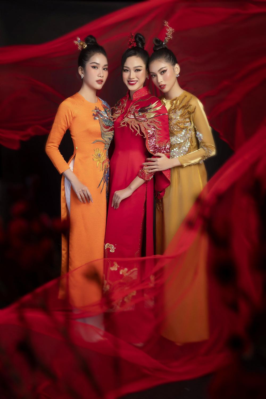 Hoa hậu Đỗ Thị Hà khoe vẻ sắc sảo với áo dài retro - ảnh 5