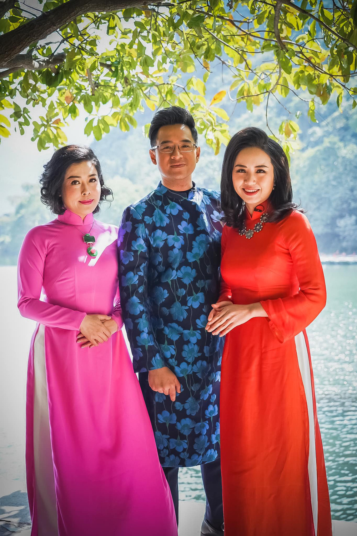 Những tà áo dài đón Xuân được các BTV diện trên sóng - Ảnh 7.