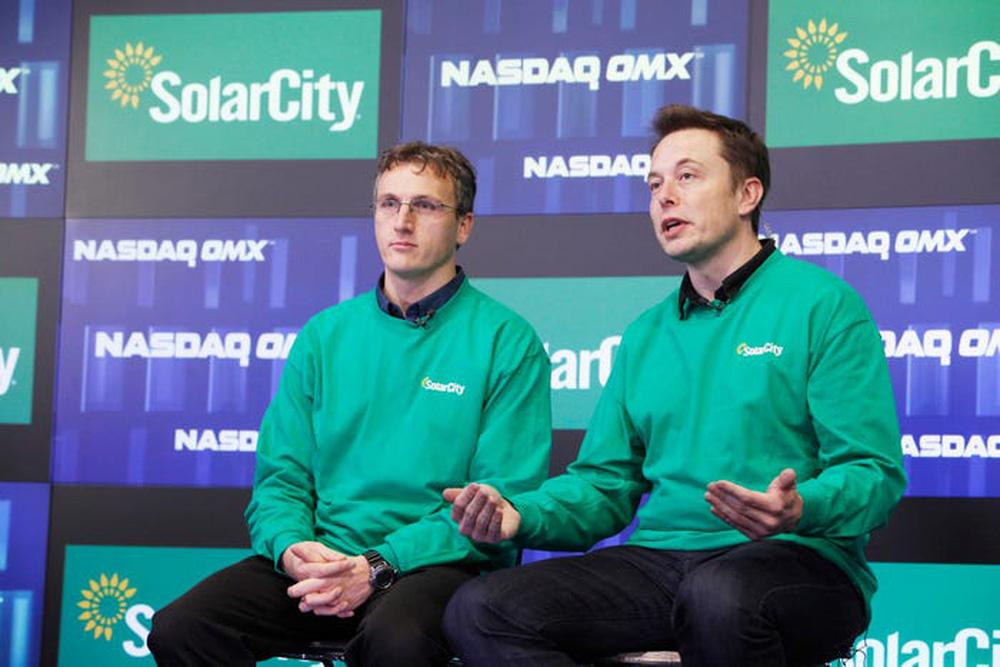Elon Musk: Từ một đứa trẻ bị bắt nạt, nguồn cảm hứng cho Iron man, đến người giàu nhất hành tinh - Ảnh 18.