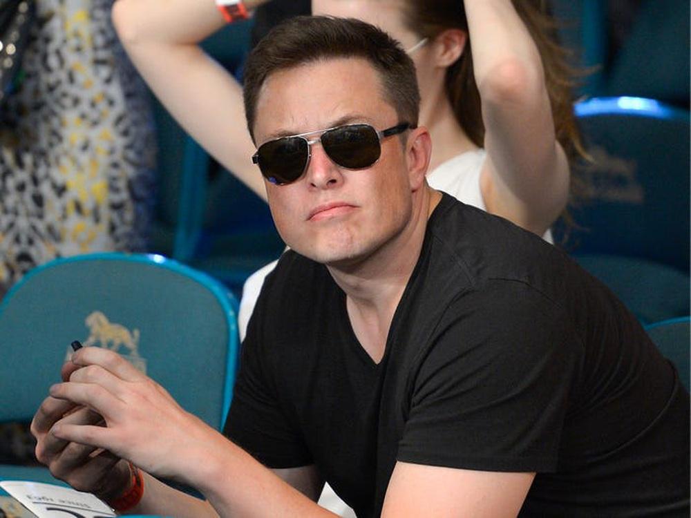 Elon Musk: Từ một đứa trẻ bị bắt nạt, nguồn cảm hứng cho Iron man, đến người giàu nhất hành tinh - Ảnh 12.
